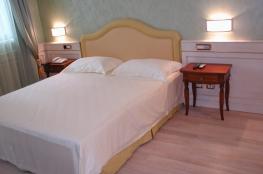 lavoro hotel Luglio 2007 (2).JPG
